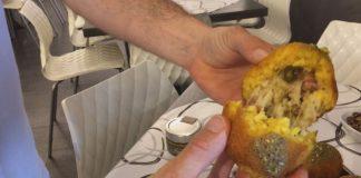 Verdure di campagna nella pizza e pistacchio di Raffadali. nell'arancina. Saranno queste due delle tante specialità che potrete gustare #addrittaaddritta alla quarta edizione di #MangiaePassìa, il #cibodistrada del #cibodistrada in programma sabato 2 giugno a Joppolo Giancaxo.