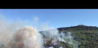Un vasto incendio sta interessando il lato nord della collina agrigentina 🎥video M. RITA SAVITTERI